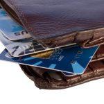 A kartu od Komerční banky je možné získat i bez doložení příjmů. V takovém případě je ale maximální úvěrový limit stanoven na 30.000 Kč. Jinak je možné mít úvěrový limit až do výše 250.000 Kč.