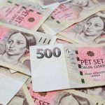 Tady ale můžete mít úvěr až do 100 tisíc korun na 4 roky (48 měsíců). Po splnění všech podmínek, máte peníze na účtu v bance už do 15 minut.