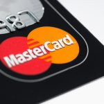 Kreditní karta MoneyCard Smart nabízí úvěrový limit od 5000 Kč do 300 000 Kč. Pokud by vám stačil úvěrový limit do 50000 Kč, pak pro vyřízení této kreditky nepotřebujete ani potvrzení o příjmu.